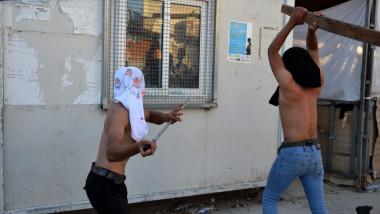 revolta refugiati moria - ana