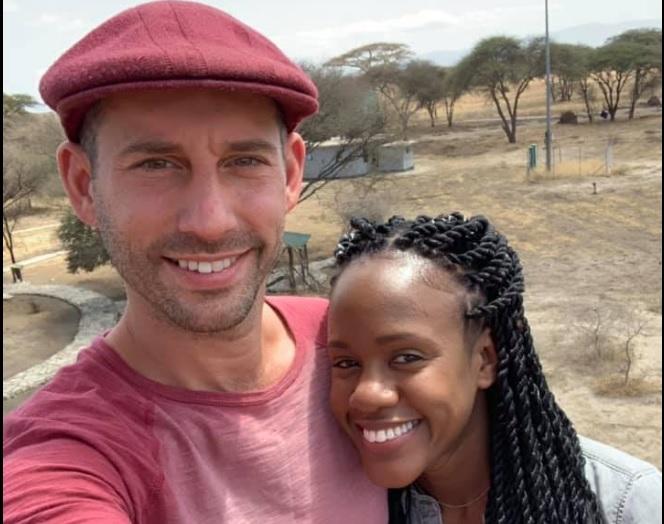 Un american şi-a cerut in casatorie iubita, sub apa, in Tanzania. Dupa cateva minute a murit fulgerator