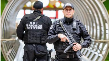 SRI brigada antitero 01 12 2015 foto facebook