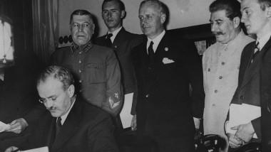 pact Molotov Ribbentrop