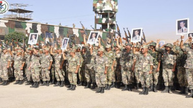 armata siriana cu pozele lui bashar - sana