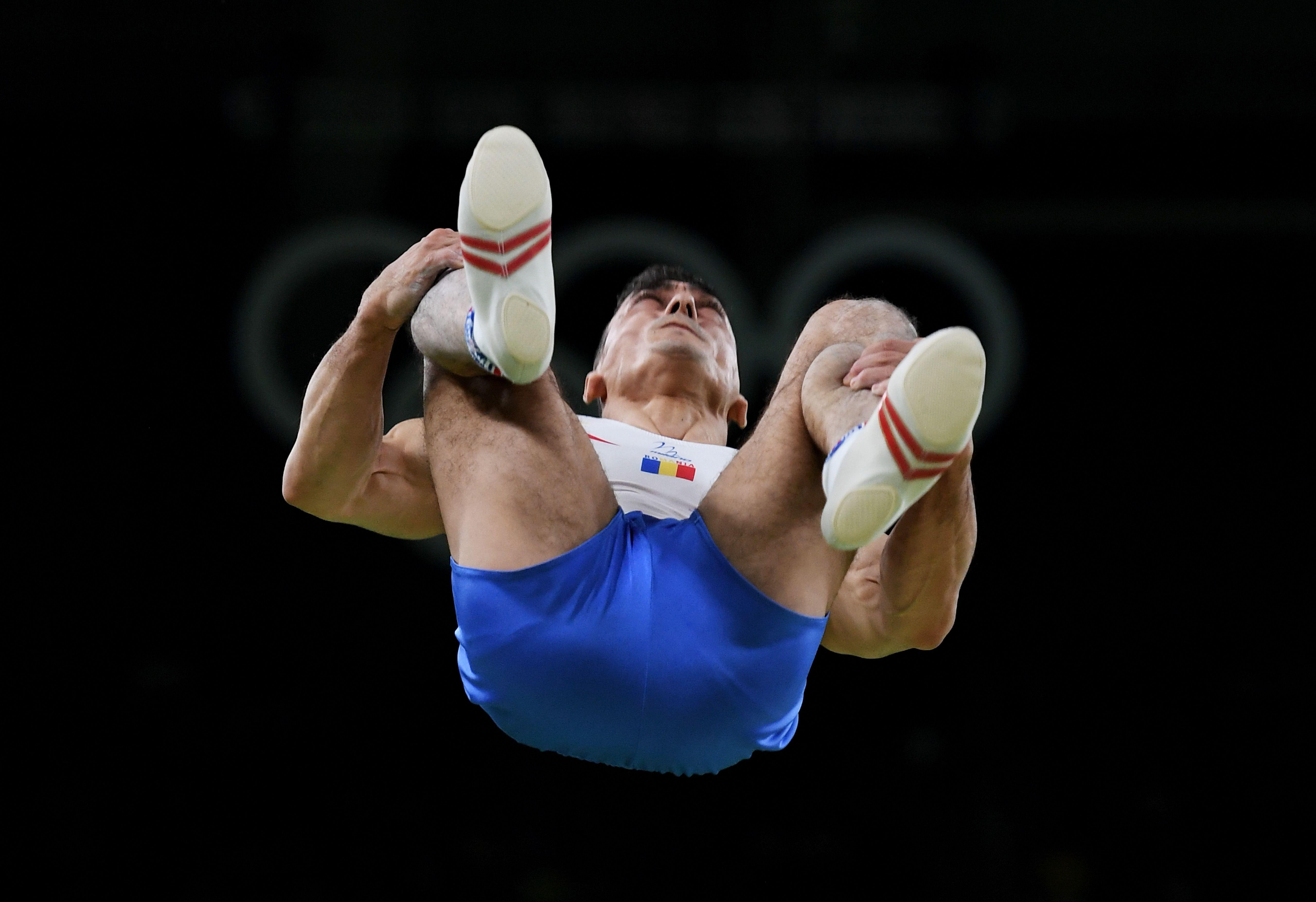 campionatul-mondial-de-gimnastica-de-la-stuttgart-ghinion-pentru-marian-dragulescu-i
