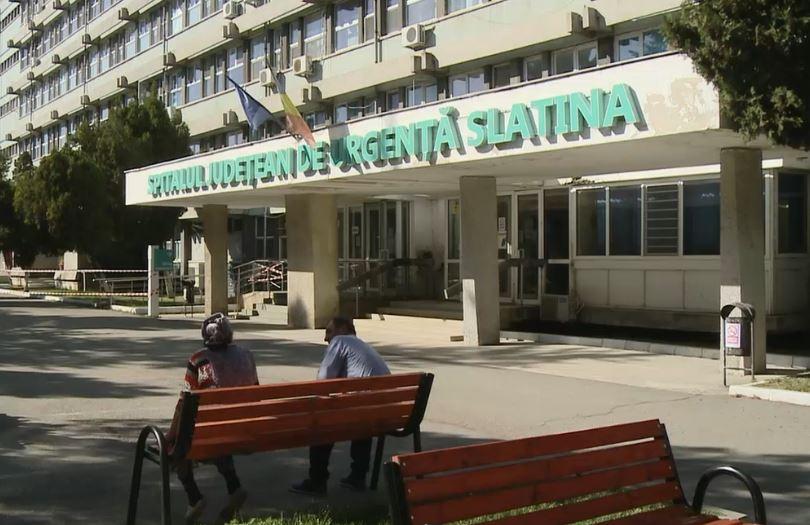 Un pacient care urma sa fie externat, gasit mort in curtea Spitalului Judetean Slatina