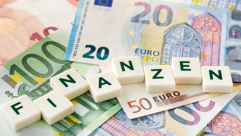 German Finances and euro banknotes