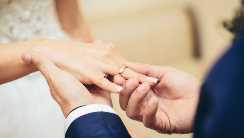 nunta, casatorie, cuplu casatorit