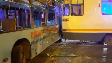 Accident tramvai capat linie 41 041119 (4)