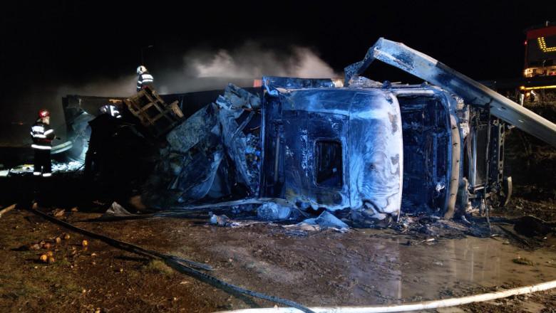 accident-camion-pui-congelati-constanta-drdp-sursa-foto (1)