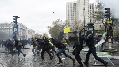 Act 53 - First anniversary of the Yellow Vests protest movement