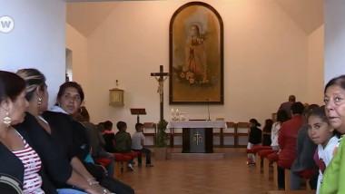 romi slovacia biserica - focus