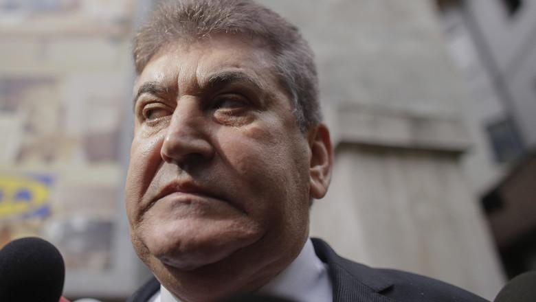 Gabriel Oprea anunţă că va candida pentru a reprezenta drepturile militarilor şi poliţiştilor