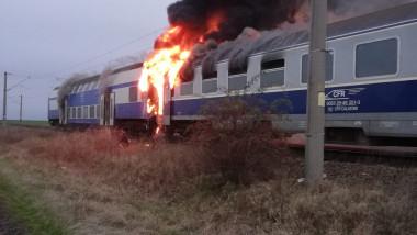 incendiu-tren-cfr-teleorman0isu (5)
