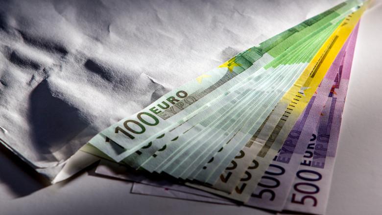 Euro cash banknotes in envelope