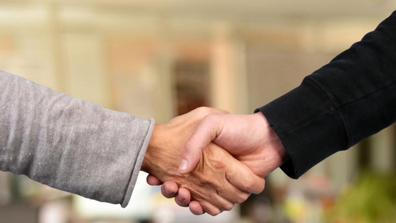 La poignée de main