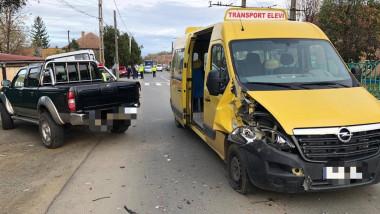 microbuz-scolar-accident-rutier-arad-isu