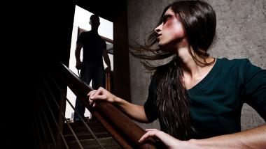 Mai multe fete din România au fost duse ăn Europa, unde au fost violate, iar altele vândute.