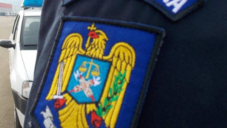 politist generic maneca