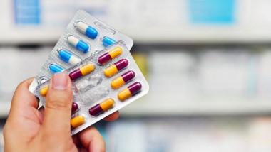 medicamente pastile farmacie sanatate getty
