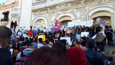 femei protest tunisia