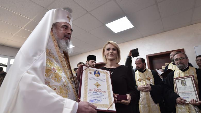 gabriela firea patriarhul daniel preoti - agerpres_10553090