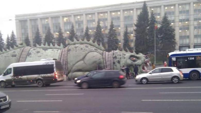 dinozaur-chisinau-moldova