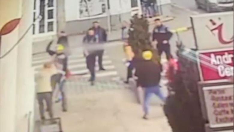 Video Momentul In Care Un Bărbat Din Tecuci Care și A Atacat
