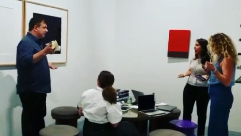 David Datuna, artistul care a mâncat banana de 120.000 de dolari