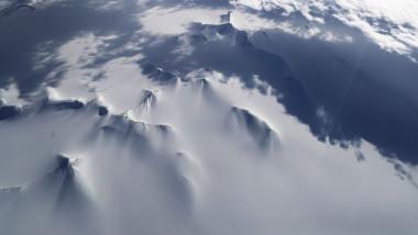 antarctica zapada ghetari
