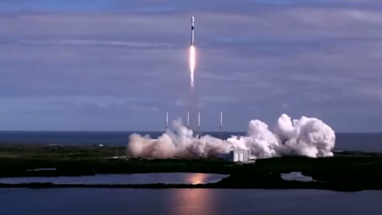 spaceX racheta spatiu