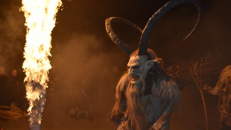 krampus complicele rau al lui mos craciun diavol satana