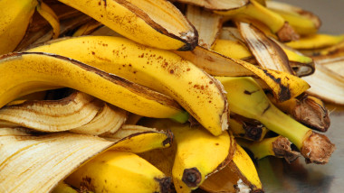 yellow banana peels just Peel to store organic waste
