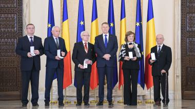 decorati iohannis blandiana - presidency.ro