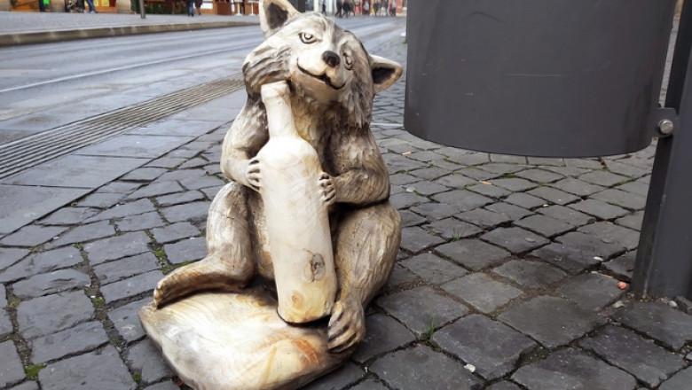 statuie raton