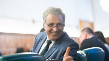 marcel-vela-semn-ok-gov.ro