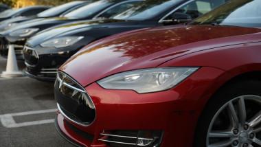 mașini Tesla