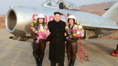 Rim Sol, prima femeie pilot de lupta din Coreea de Nord alaturi de Kim Jong-un