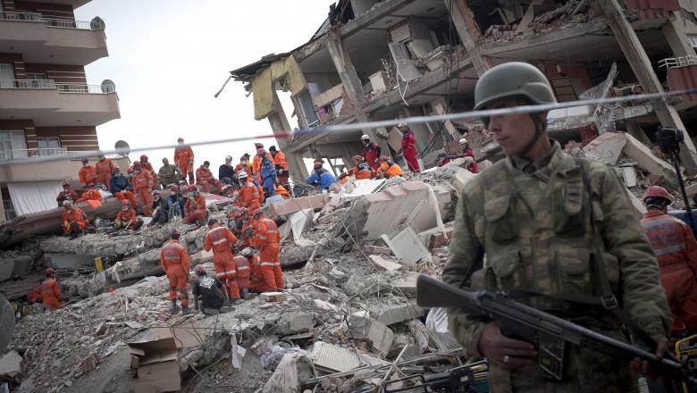 Death Toll Over 400 Following Magnitude 7.3 Earthquake