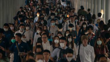 oameni cu masti coronavirus thailanda raceala gripa poluare