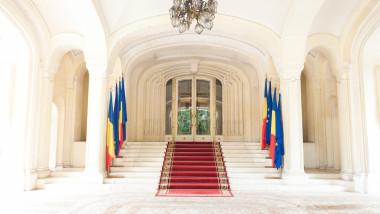 Intrarea în Palatul Cotroceni, holul de onoare