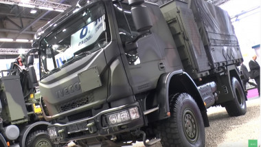camion militar iveco - captura youtube