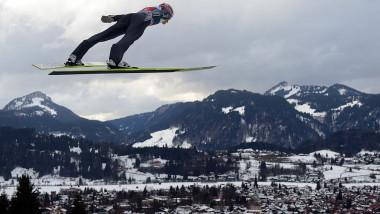 sarituri cu schiurile