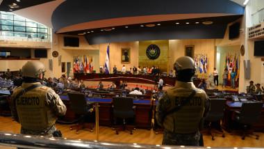 armata-el-salvador-parlament-profimedia-0497483787