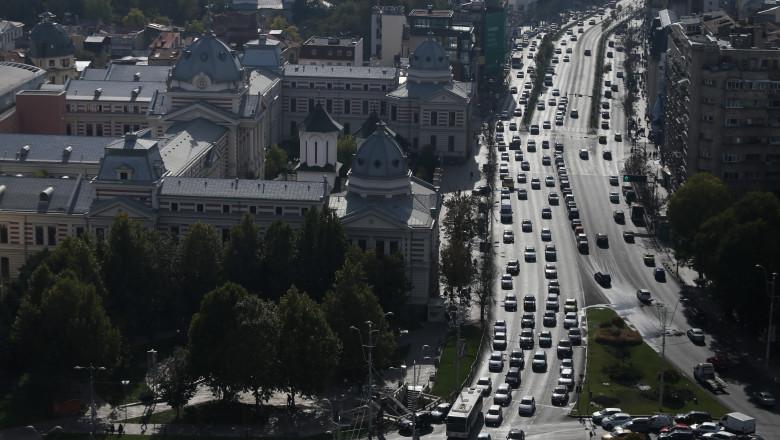 Bucharest city centre traffic