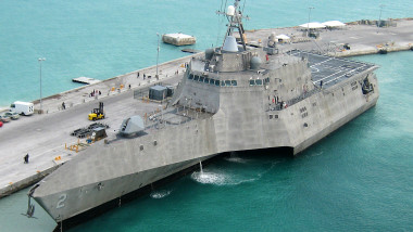 uss independence 2