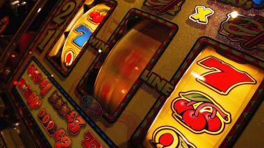 pacanele jocuri de noroc