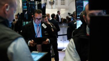 Dow Jones Industrials Hit New Record For First Time Since July
