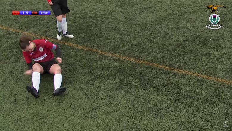fotbalista-isi-da-pumni-in-genunchiul-dislocat-youtube