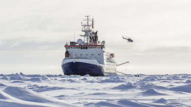 Un echipaj de cercetare, in Antarctica