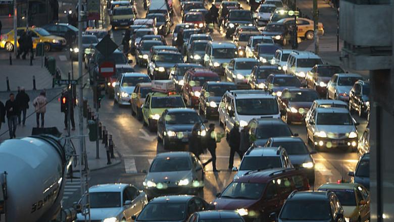 mașini în trafic București