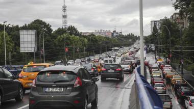 ambuteiaj auto, trafic București