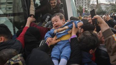 refugiați sirieni la granița Turcia cu Grecia